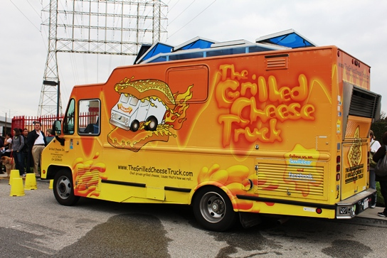3m ij 180 vehicle wrap w control tac vehicle graphics for Design your own food truck online